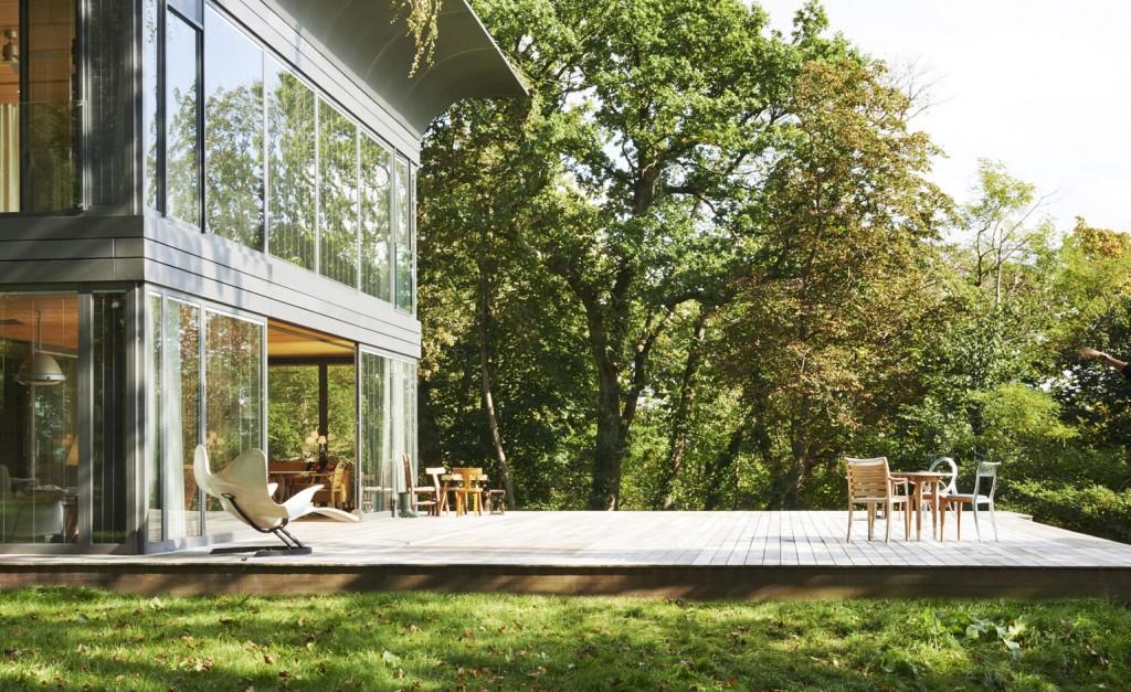 la maison positive en nergies starck quip e en dualsun. Black Bedroom Furniture Sets. Home Design Ideas